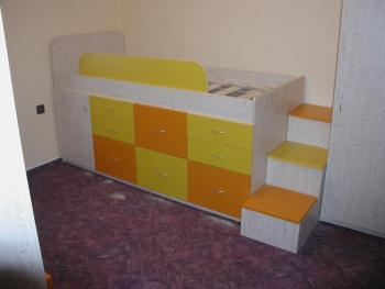 Dětské zvýšené postele s úložným prostorem - STUDENTSKÉ ...